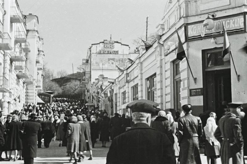 Какие советские привычки очень бы пригодились современным критикам «совка»