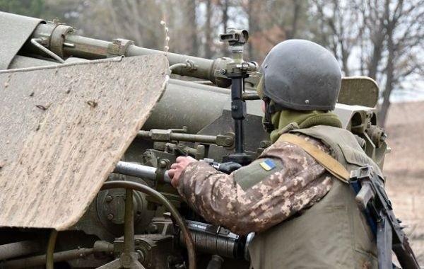 В Донбассе при обстреле погиб украинский военный