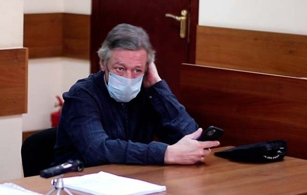 Михаил Ефремов надеется, что выйдет из тюрьмы раньше