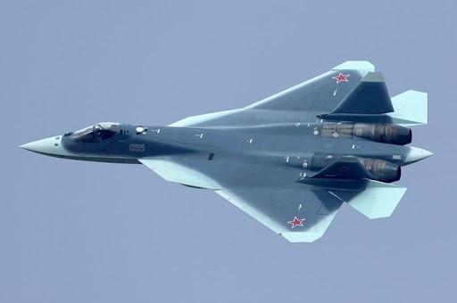 «Ростех» объяснил «убийственный» внешний вид истребителя Су-57
