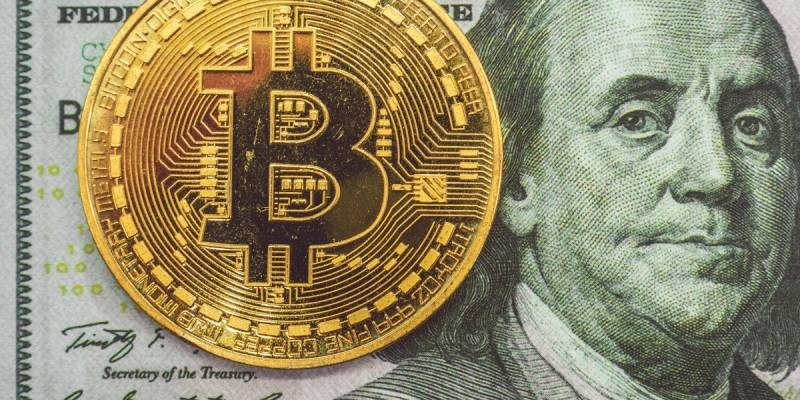 Как Илон Маск связан с падением биткоина в 2021 году