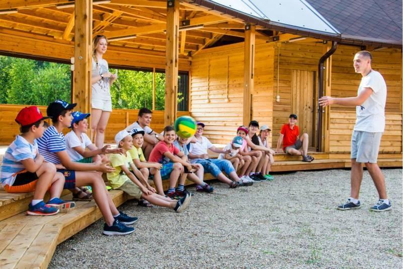 Как можно вернуть 50% кэшбэка за путёвку ребёнку в детский лагерь в 2021 году