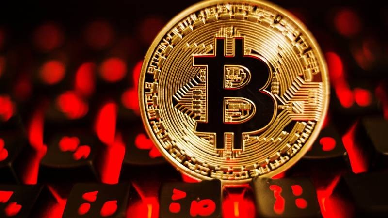 Что будет происходить с биткоином, согласно прогнозам аналитиков