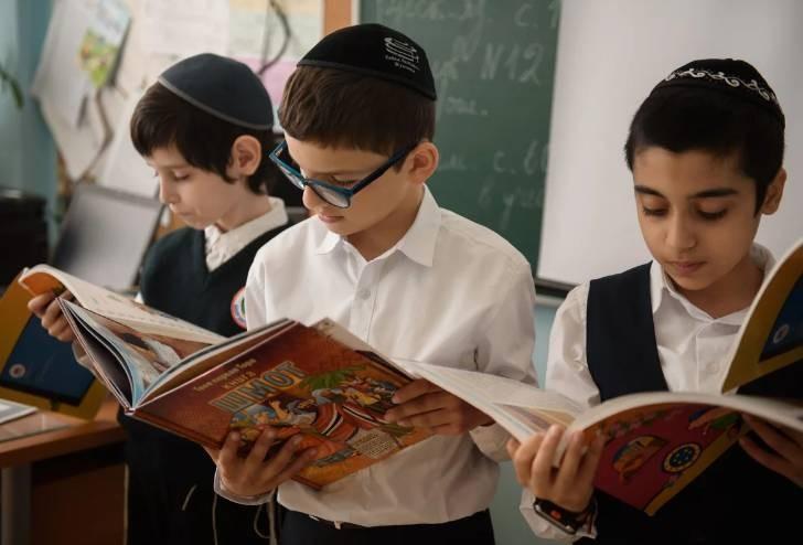 Причины, из-за которых евреи всегда при деньгах