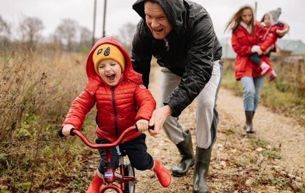 Введение новых правил для детских пособий не лишит семьи уже назначенных выплат