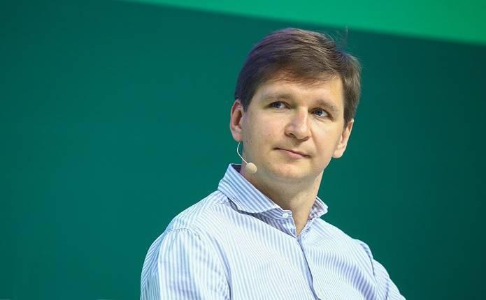 Своё такси и не только: смелые планы и амбиции Тинькофф Банка на российском и международном рынках