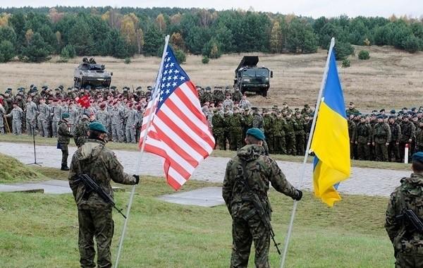 В Донбасс переброшены военные подразделения НАТО