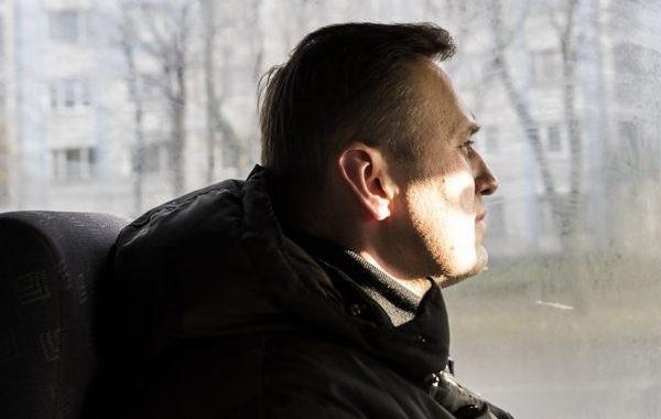Навального перевели из больницы в зону