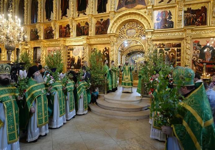 В праздник Троицы есть свои запреты и дела, которыми стоит заняться