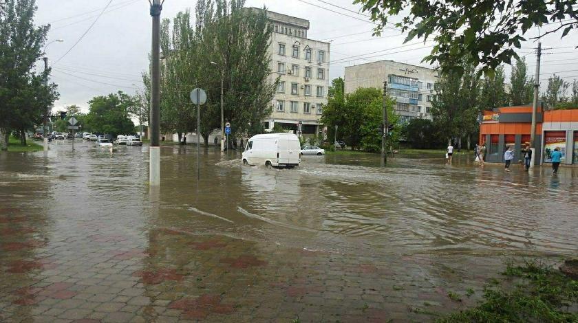 Наводнение в Ялте, июнь 2021, жилые дома и дороги оказались подтопленными