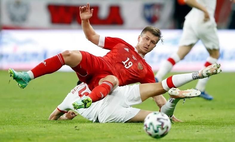 Где и во сколько смотреть трансляцию матча Россия — Дания 21 июня 2021 года