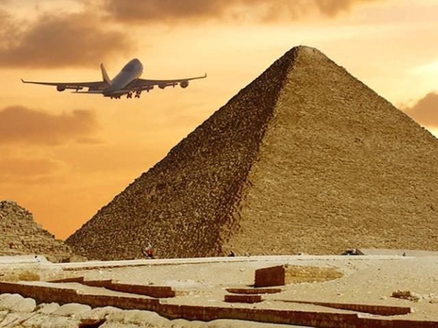 Владимир Путин открыл возможность чартерных полетов в Египет