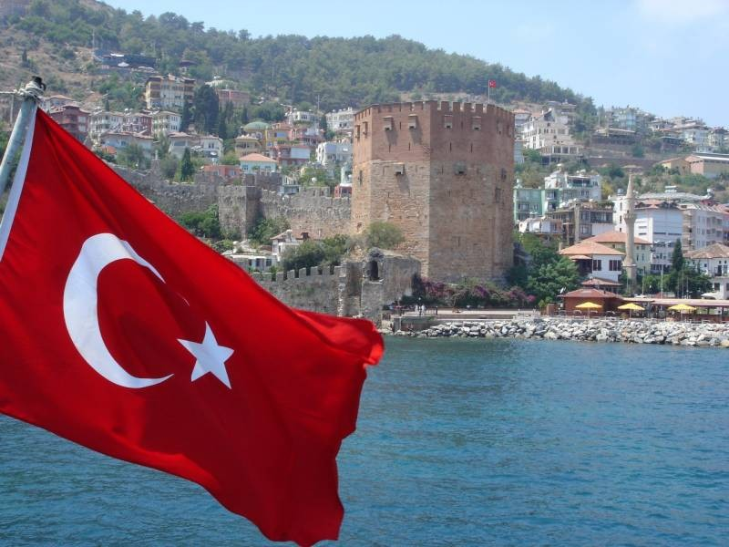 Турция не будет ужесточать меры для российских туристов