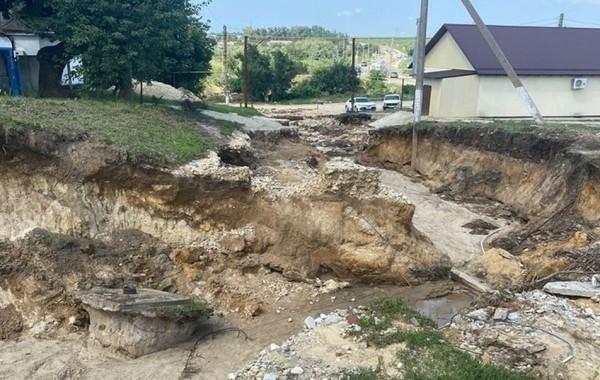 Власти Анапы усилят защиту от наводнений