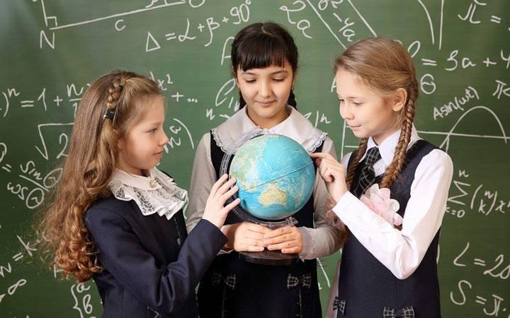 Первые и долгожданные: когда начнутся осенние каникулы 2021-2022 для школьников
