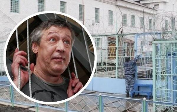 Адвокат Ефремова сообщил, что актер не жаловался на пытки в Белгородской колонии