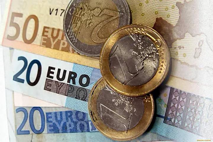Прогноз курса евро и доллара на конец 2021 года, чего ожидать на валютном рынке