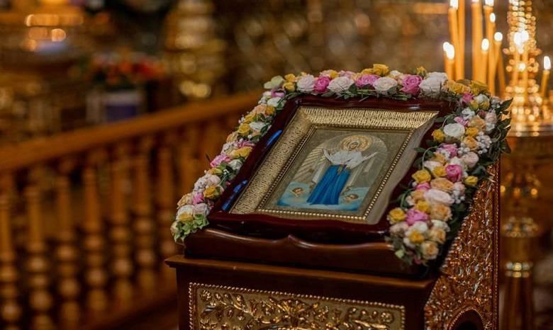 Когда Покров Пресвятой Богородицы в 2021 году отмечают в России православные христиане